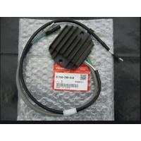 31750-ZW9-000 / 31750-ZW9-013 Regulador Rectificador Honda BF8 y BF9.9
